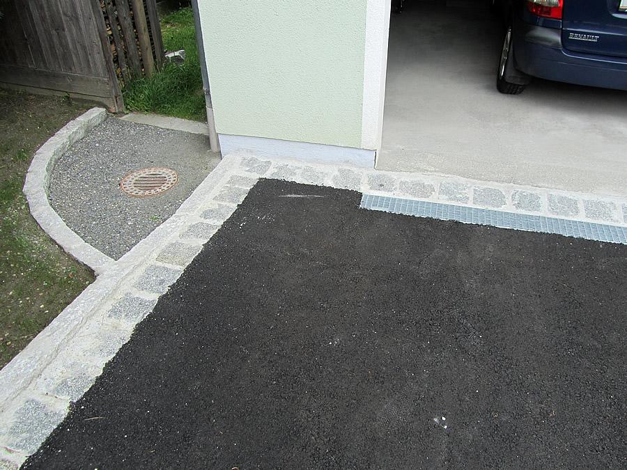 Garageneinfahrt asphalt  Asphaltierungen und Pflasterarbeiten mit Unterbau Lungau ...